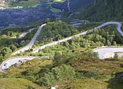 hairpin bends on the road down to Lysebotn